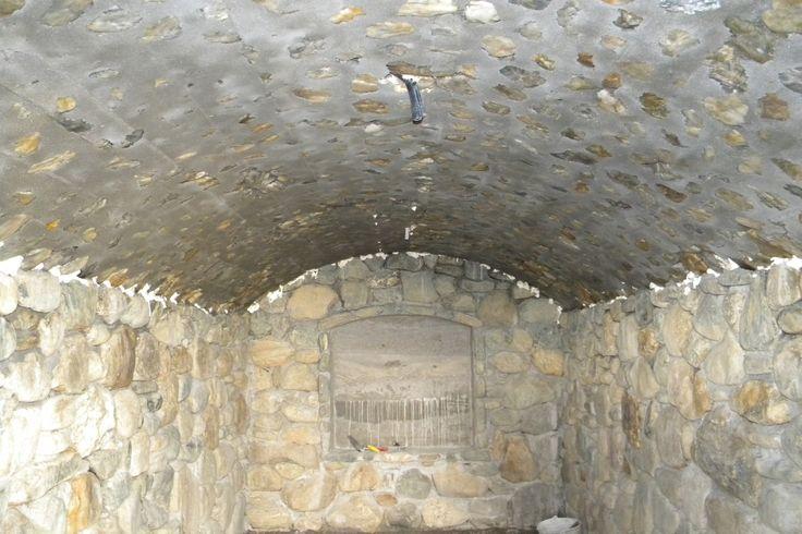 Etapele de constructie ale unei pivnite din piatra Detalii pe BricoHub.ro