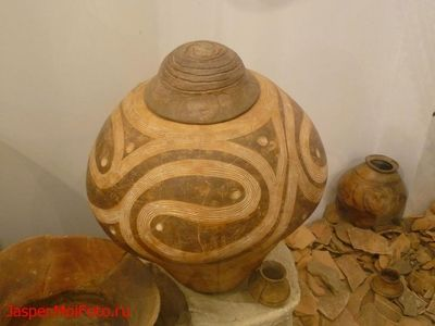 Cucuteni neolithic pottery.
