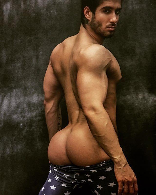 Ecuador hot guys naked — pic 14