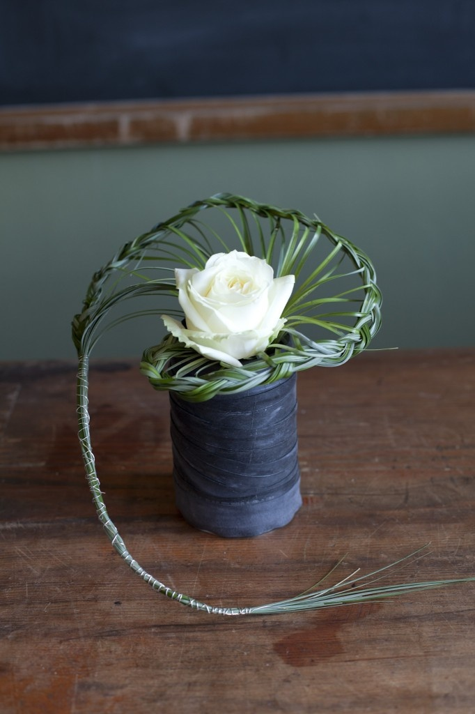 Table design idea 4 - a row of these along table then moved into restaurant - nice keepsakes to give to special friends afterwards? - as many as you like - 5 - 7 would look good on registry table cost each £10.00 - suit a contemporary bridal bouquet