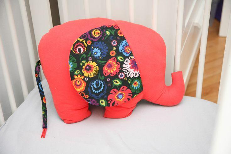 Poducha słoń koralowy / czarny folk - LaLuBaby - Wystrój pokoju dziecięcego