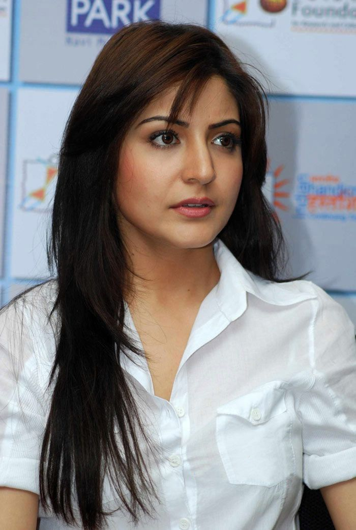 Anushka Sharma Saree: Anushka Sharma - Bing Images