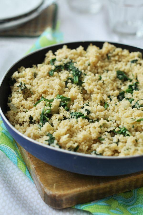 Spenótos kuszkusz - laktózmentes recept 1.kuszkusz 2.hagyma, fokhagyma, oliva, só, bors, fehérbor, spenót