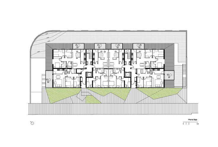 Conjunto Habitacional em Gavá,Planta Baixa - Térreo