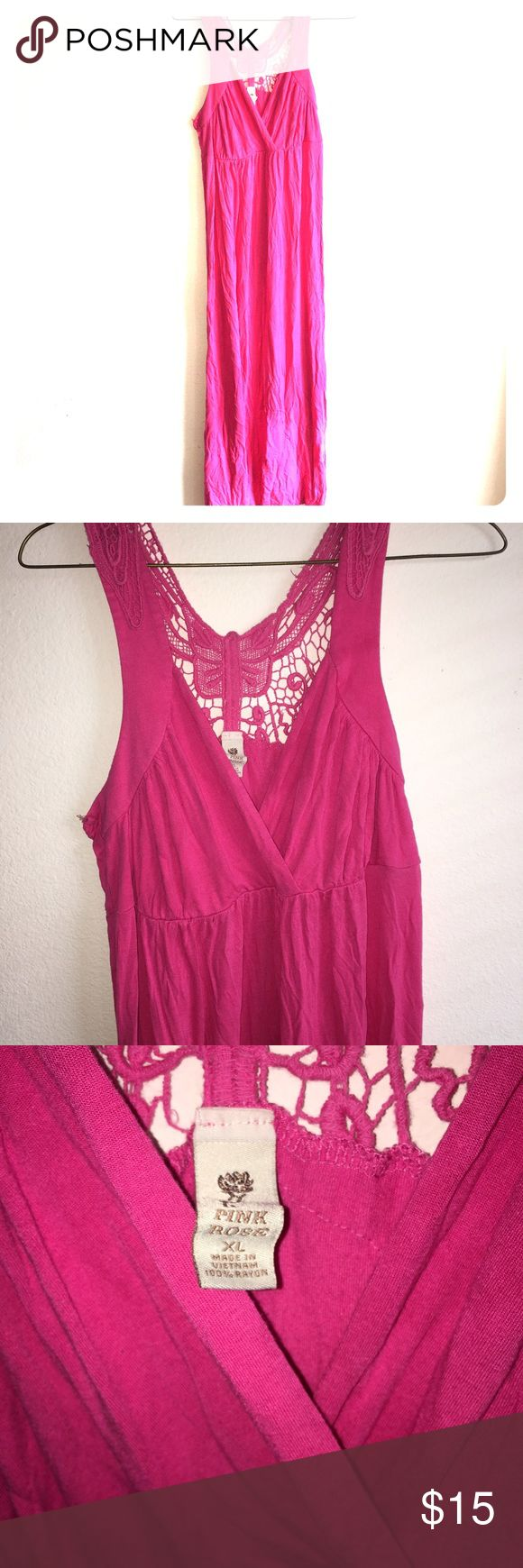 Maxi dress Women's XL maxi dress, V neck and cut out butterfly back, used but very beautiful good condition. Pink Rose Dresses Maxi