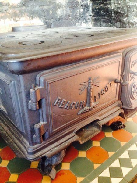 The 'Beacon Light' stove ... - 8 Best Kitchen Ideas Images On Pinterest