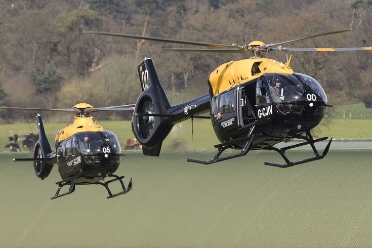 The first three of the UK's new training helicopters for its armed forces have arrived at their new RAF Shawbury home. A pair of Airbus Helicopters H135 Juno HT1s and a single H145 Jupiter HT1 were flown to the Midlands site on 3 April, following modification work at the manufacturer's UK facility at Oxford airport.