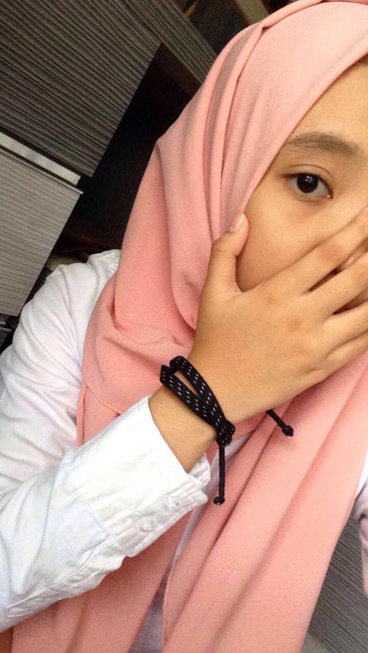Nude hijab muslim girls selfie pics-5056