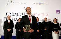 Entre montones de libros: Entrevista a Antonio Garrido