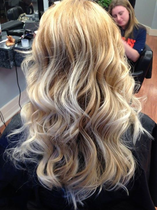 Blonde Ombr 233 With Golden Blonde Hair Cute Hairstyles
