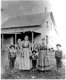 This image really shows how mixed up the Métis culture was after the Resistance. Suddenly the kids are wearing cowboy boots instead of moccasins. Trying to avoid discrimination from settler colonials.
