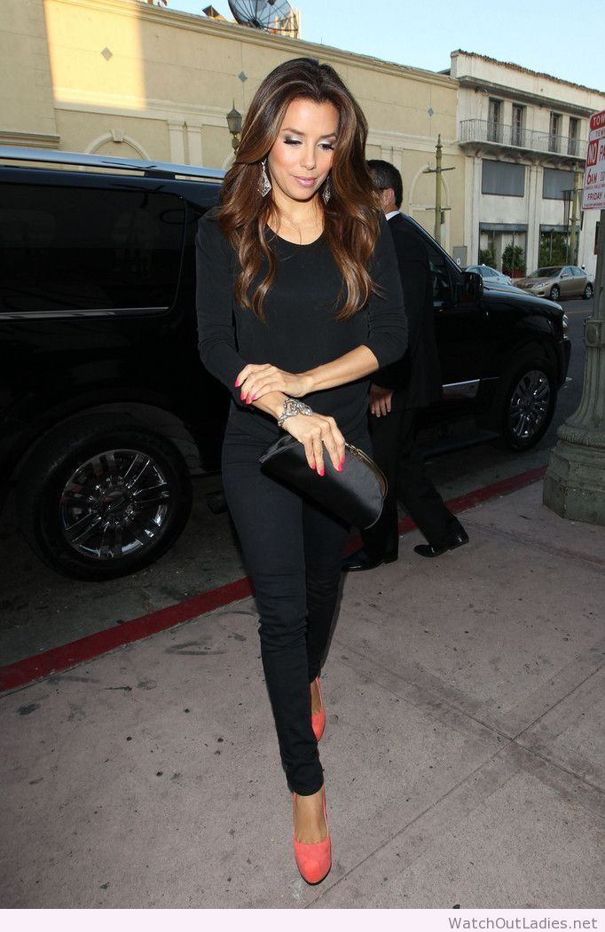Eva Longoria all black look