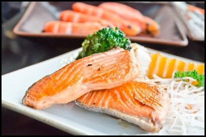 Home-Made Hypoallergenic Recipe: Baked Salmon and Veggies | HypoallergenicDogFoodcenter.com