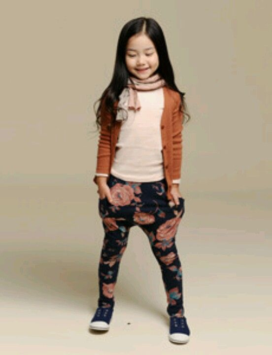 MinkPop - the whole outfit is adorable, but those pants are fabulous <3