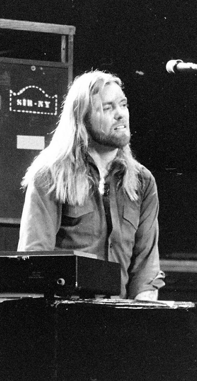 Gregg Allman- was so handsome when he was young.