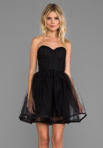 ALICE + OLIVIA Landi Gathered Cinched Waist Pouf Dress in Black - Cocktail