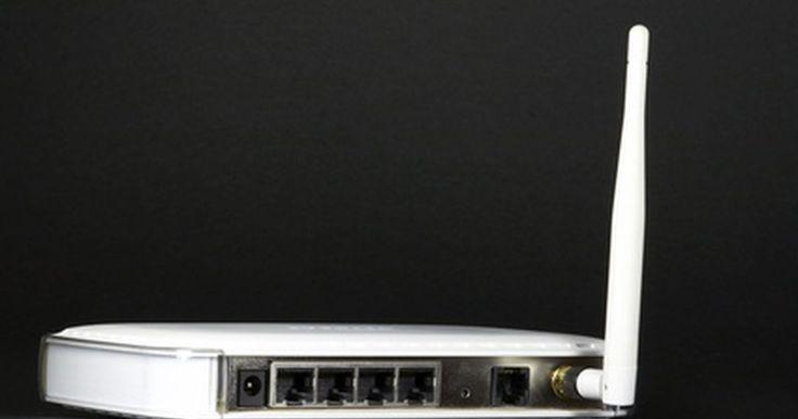 Cómo solucionar problemas de conexión inalámbrica a Internet. Arreglar una conexión inalámbrica a Internet puede ser frustrante, pero afortunadamente no es imposible. Por mucho que todos queramos golpear los puños de frustración porque nuestra conexión está mal, hay pasos a seguir para corregir nuestros problemas.