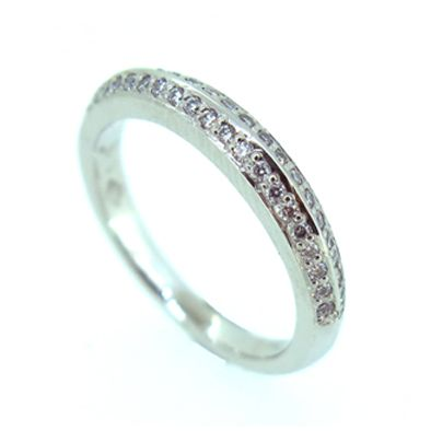 Jessica Helen: Wedding Rings Alex's wedding ring #australiangoldsmith #weddingring #bespokejewellery #gold #diamonds #jessichelenjewellery