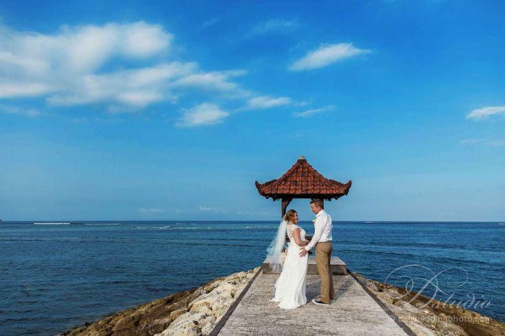 bali beach wedding photos