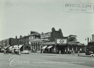 Binfield Road: corner of Stockwell Road and Binfield Road
