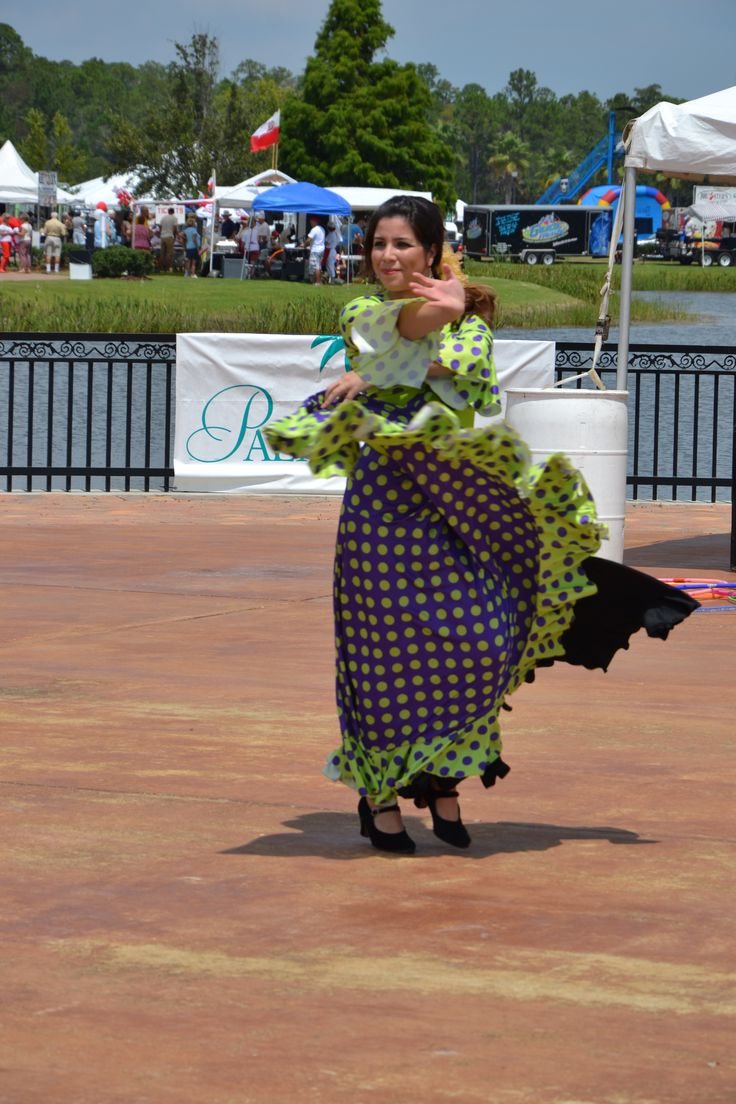 Dennis Fermin Spanish Guitar and Flamenco Dancing at the Palm Coast International Food & Wine Festival.