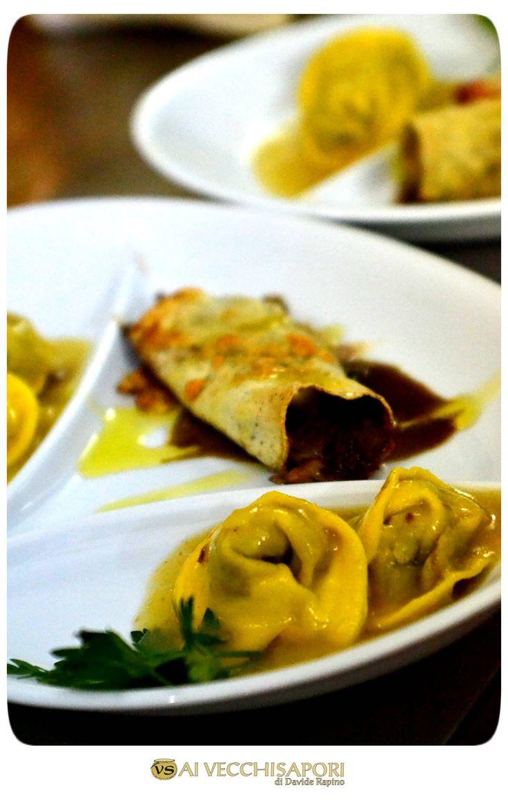 """Da noi avete la possibilità di gustare due o più pietanze fra le nostre numerose proposte di #pasta fresca preparata a #mano (--->> http://bit.ly/1IXiMMU) . A voi il #tradizionale """"imbarazzo della scelta""""...  #Cannolo di #saraceno con #radicchio, #noci e #provola #Tortelli al #capriolo con crema di #patate"""