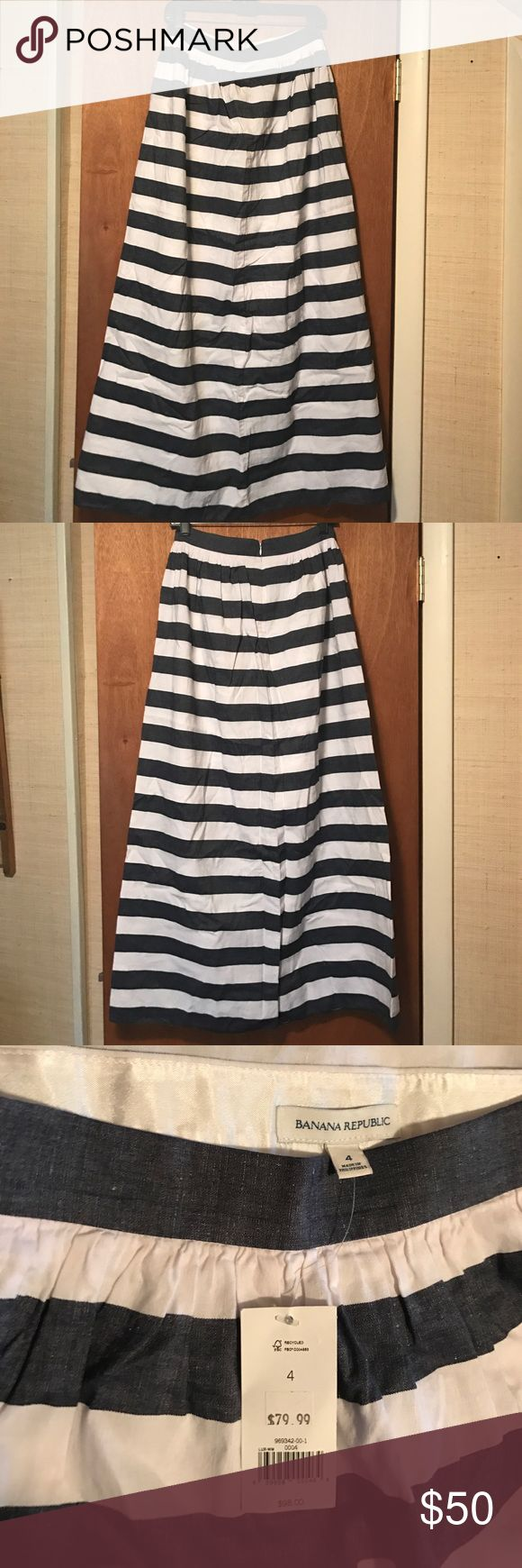 NEW Banana Republic Maxi Skirt Stripe Size 4 Banana Republic Maxi Skirt Blue and White Stripe *Size 4* Brand New! Banana Republic Skirts Maxi