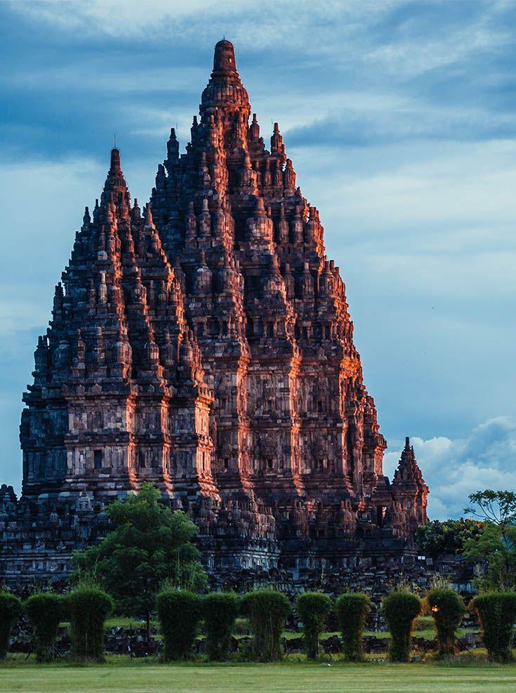 De Prambanan tempel, te vinden net buiten Yogyakarta op Java.