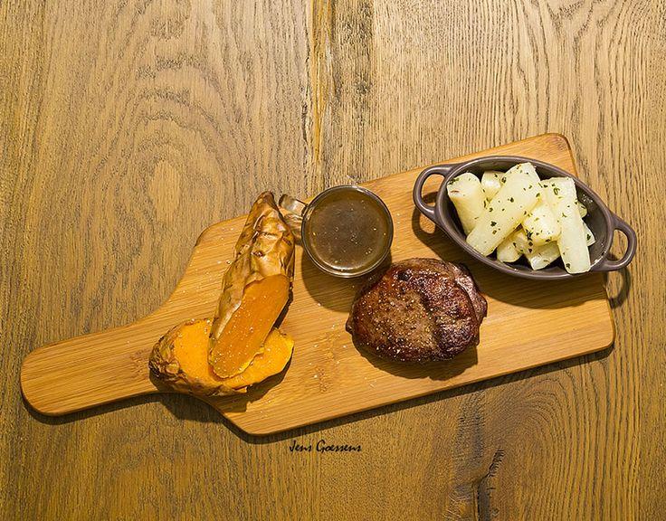 Recept met struisvogel filet met schorseneren en zoete aardappel