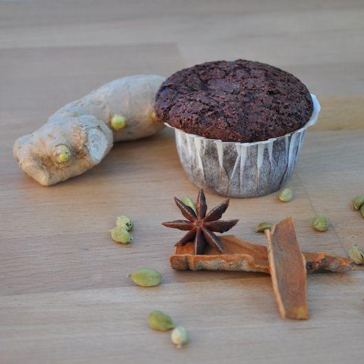 Schokoladen Chai Muffins {Muffins de chocolate con especias indias}