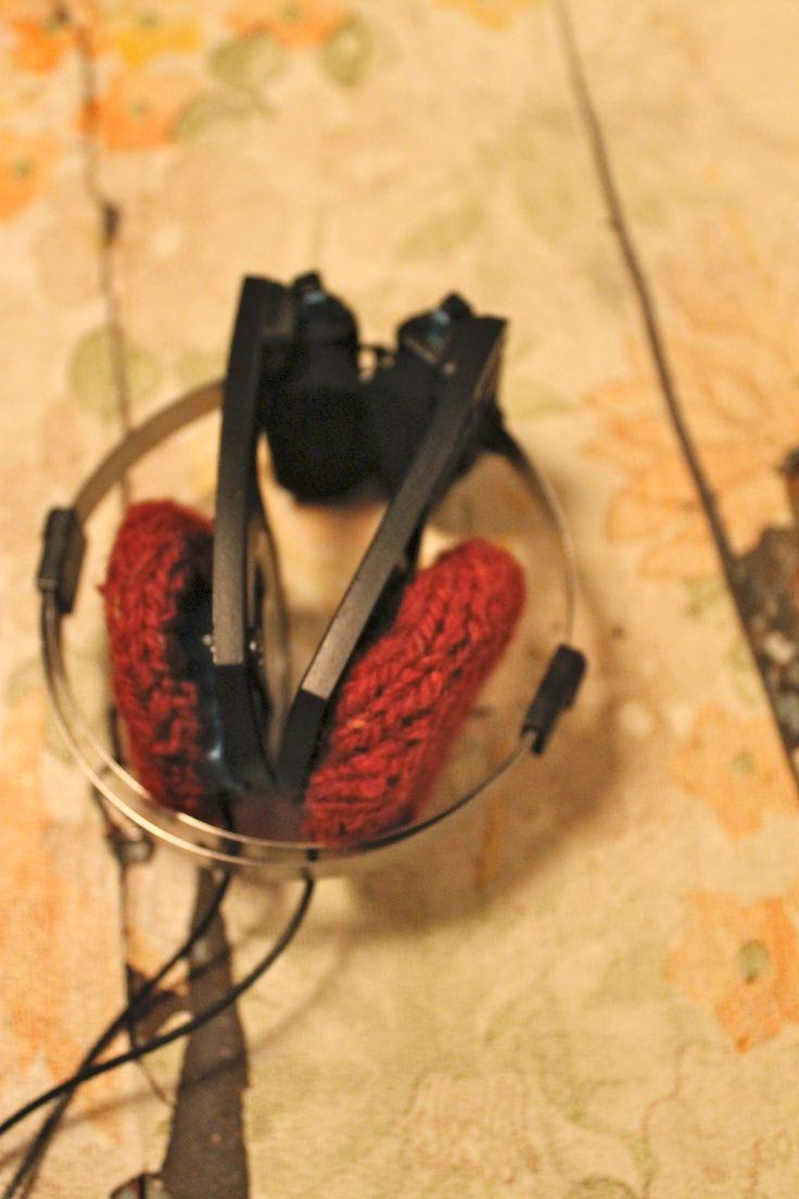 koss headset cushions knitted puter til koss høyretelefonar  cranberry tranebær  pickles