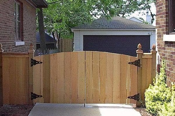 how to build a fence gate door