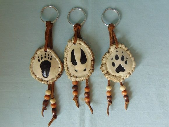 Native American Indian Wild Animal Tracks Antler Keychains with Beads antlercarvingsmorelsandmore.com