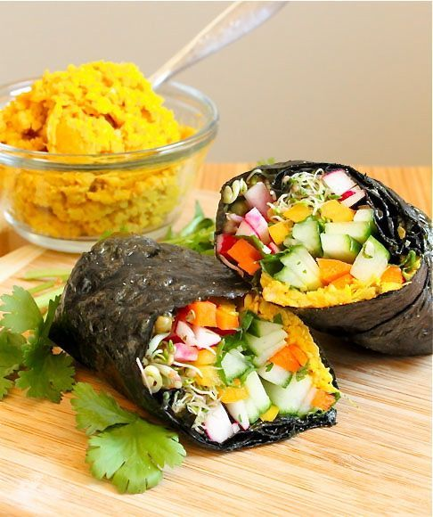 : Big Fat Nori Wrap - Eat Spin Run RepeatBig Fat Nori Wraps - two sheets of nori seaweed stuffed full of fresh veggies, sprouts, and curried chickpea spread.