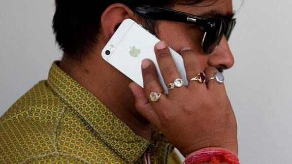 India rejects Apple's plans to sell refurbished iPhones but might agree to Apple Stores -> http://mashable.com/2016/05/30/apple-india-refurbished-iphone-stores/ FOLLOW ON FACEBOOK! https://www.facebook.com/TechNewsTrends/