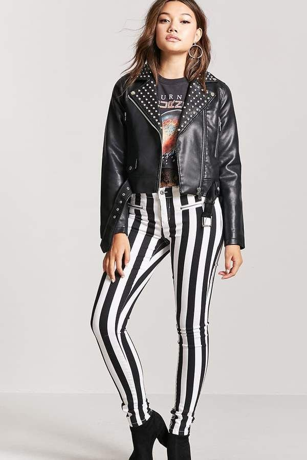 FOREVER 21 Striped Low-Rise Skinny Jeans  #forever21 #stripes #blackandwhite #model #shopping #shopmycloset #shoponline #onlineshopping #shopstyle #style #fashion #kfashion #cute #love #life #lifestyle #streetstyle #casual #forsale