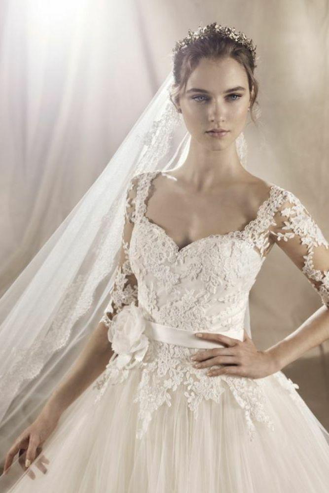 http://www.gatehousebrides.co.uk/wp-content/uploads/2017/03/white-one-dresses-YAROSLAVA-D.jpg