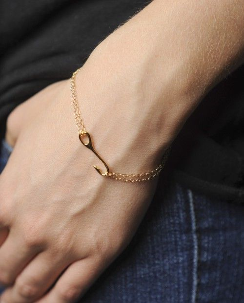 "18K gold plated, 7"" long bracelet on sale at sevenly. For every purchase, $7 goes to a good cause! ► http://www.sevenly.org/accessories/jewelry/maritime-bracelet?cid=InflPinterest0005Joanna"