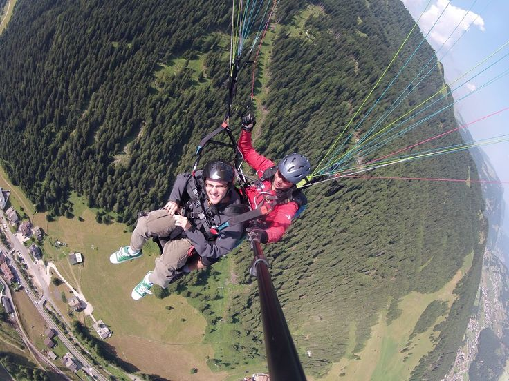 Vídeo dedicado a Daniel que tentou parapente no ano passado em Selva di Val Gardena. https://vimeo.com/152893680  #italia #viagens #dolomitas #roteiros