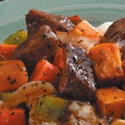 Crock-pot beef stewMushrooms Beef, Beef Stews, Stew Crock, Onions Mushrooms, Hearty Beef, Stew Recipe, Crock Pot Recipes, Crock Pots Beef, Crock Pots Recipe