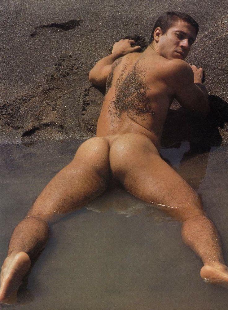 naked-carlo-masi-vacuum-porn-pics