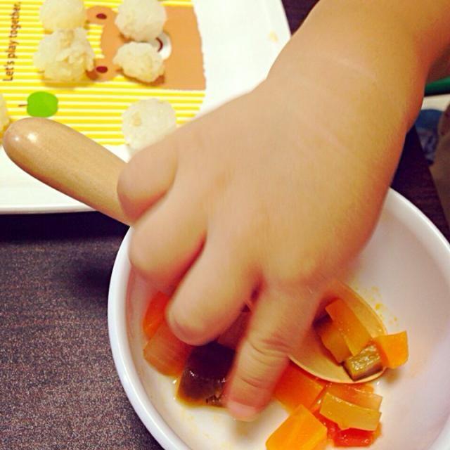・チビおにぎり ・昨日のイタリアンスープの具  母はご飯とほぼ具なしイタリアンスープ - 22件のもぐもぐ - きょうの息子朝ごはん by Megumi Goto
