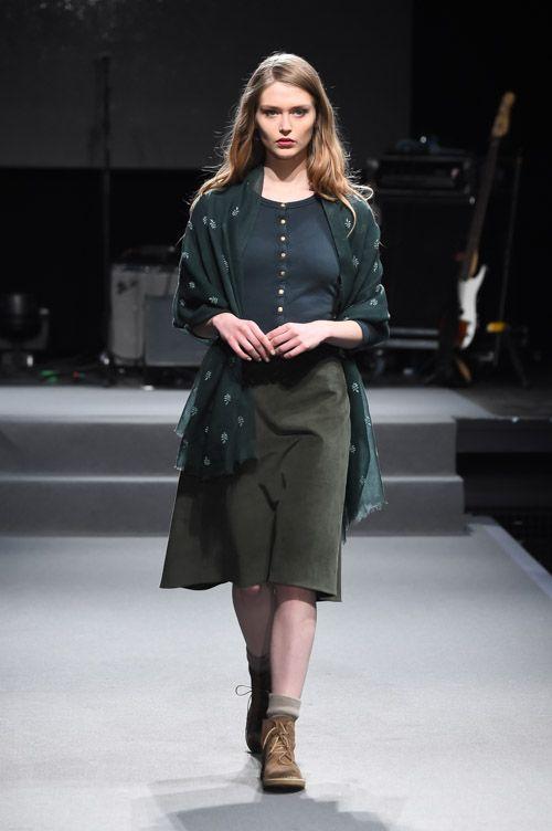 アニエスベー 2015-16年秋冬コレクション - アーティな服はマニッシュにまとうの写真20