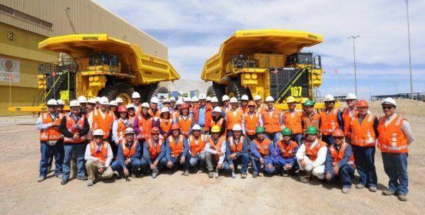 Estudiantes del Liceo Industrial de Calama se convierten en nuevos choferes de mina Chuquicamata