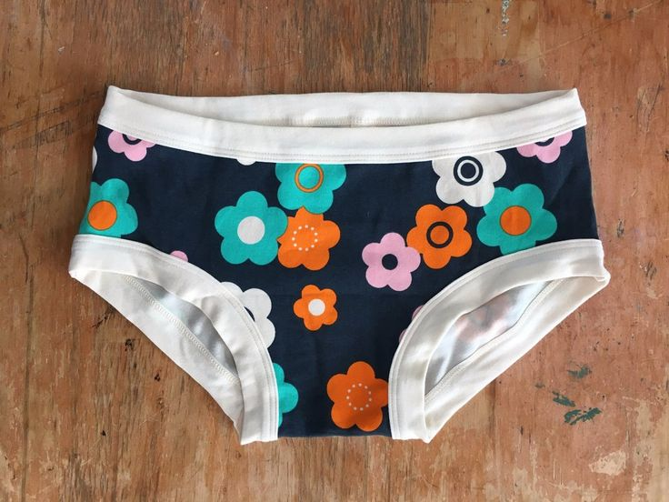 Womens underwear ethical organic cotton Hipster Flower Power | Thunderpants NZ