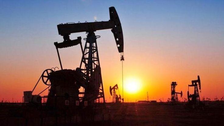 China disminuye en junio la producción de petróleo crudo