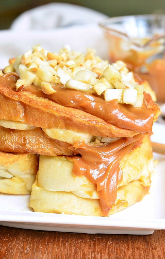 Peanut Butter Banana Stuffed French Toast | from willcookforsmiles.com