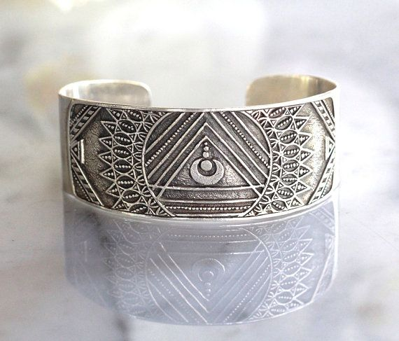 Artist collaboration Mandala Cuff in Solid 925 Sterling Silver. Made with love at Don Biu workshop. This is a thick everlasting piece or an heirloom