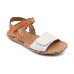 Cream/Tan Leather Girls Shoes