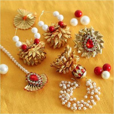 gold gota jewelry, white and red beads, gota maangtikka, gota earrings